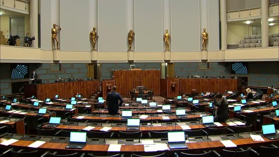 Eduskunta Täysistunto